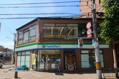 ファミリーマート 四条御前店の画像1