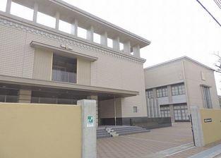 尼崎市立園田東中学校の画像1