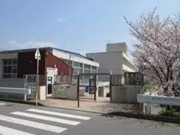 箕面市立豊川北小学校の画像1