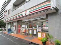 セブンイレブン 新宿東五軒町店