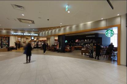 スターバックスコーヒー TSUTAYA BOOKSTORE テラスモール松戸店の画像1
