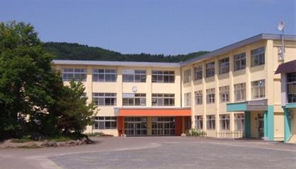 高栄小学校の画像1