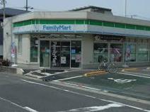 ファミリーマート 市川欠真間店