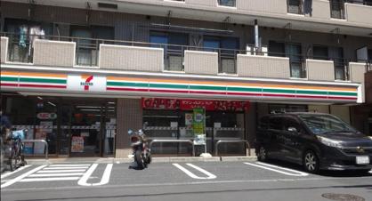 セブンイレブン 足立中川4丁目店の画像1