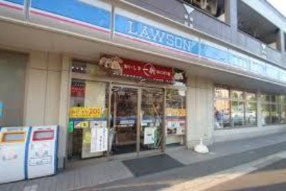ローソン 西綾瀬三丁目店の画像1