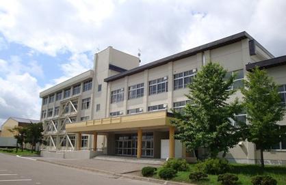小泉中学校の画像1