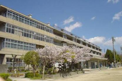 梶中学校の画像1