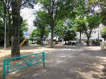 幡ヶ谷第一公園の画像1