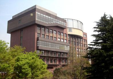 私立目白大学新宿キャンパスの画像1