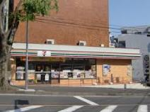 セブンイレブン 横浜新石川店