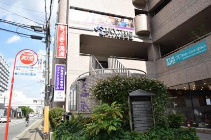 エニタイムフィットネス 阪急塚口駅前店の画像1