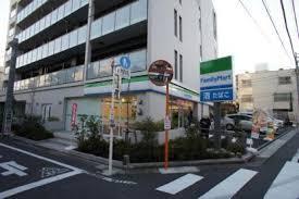 ファミリーマート 豊玉北四丁目店の画像1