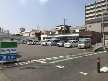 ファミリーマート西成松店の画像1