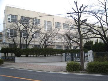 名古屋市立西山小学校の画像1