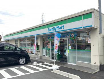 ファミリーマート 西伊興四丁目店の画像1