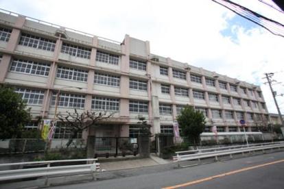 東大阪市立長瀬中学校の画像1