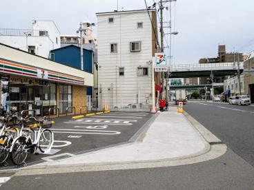 セブン-イレブン 大阪九条南3丁目店の画像1