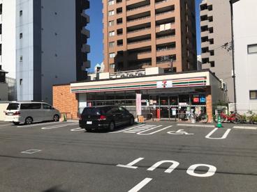 セブンイレブン大阪千代崎2丁目店の画像1