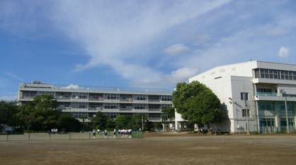 岸川中学校の画像1