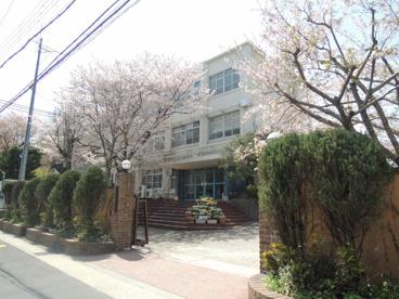 京都市立 勧修小学校の画像1