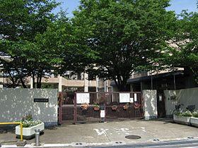 京都市立 西野小学校の画像1
