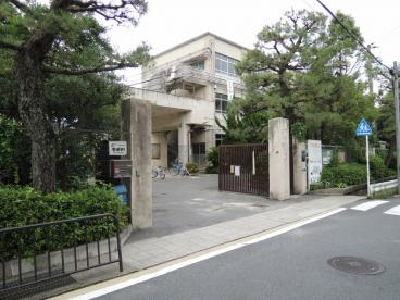 京都市立 鏡山小学校の画像1