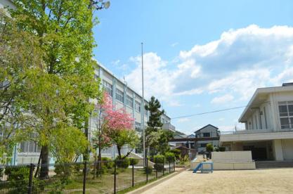京都市立 陵ケ岡小学校の画像1