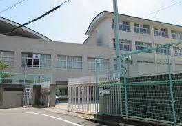 神戸市立丸山中学校の画像1