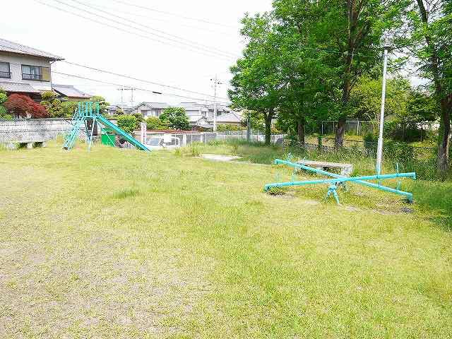 秋篠三和町第1号街区公園の画像