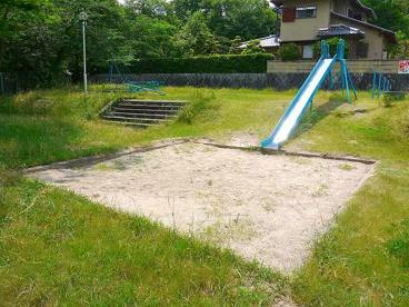 秋篠三和町第1号街区公園の画像3