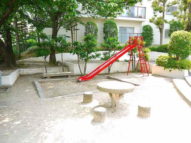 ローレルハイツあやめ池公園の画像