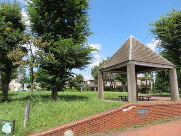 平松本町いなり児童公園の画像1