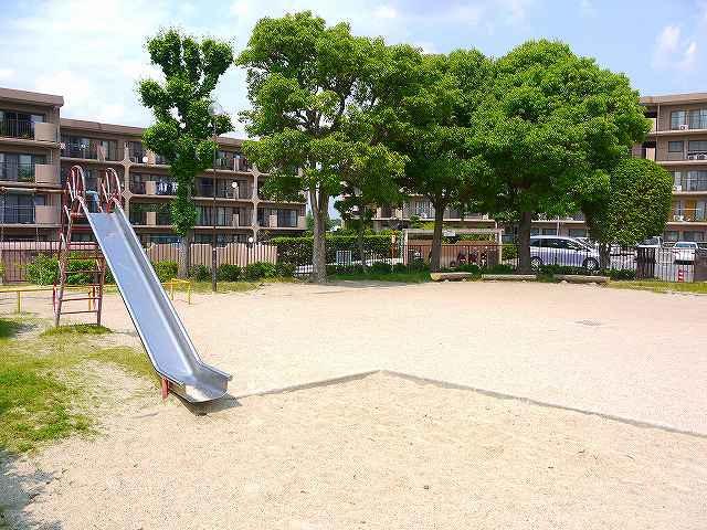 あやめ池グランドハイツ公園の画像