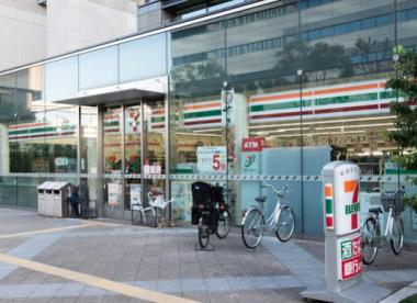 セブンイレブン 江東深川ギャザリア店の画像1