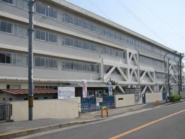 寝屋川市立木田小学校の画像1