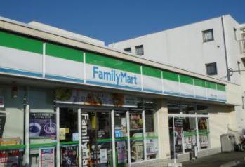 ファミリーマート 春日町一丁目店の画像1