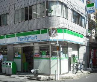 ファミリーマートいずみや高田店の画像1