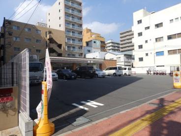セブンイレブン 横浜吉野町駅前店の画像1