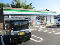 ファミリーマート 亀岡篠町店