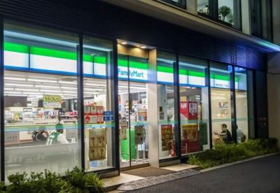 ファミリーマート 神田須田町二丁目店の画像1