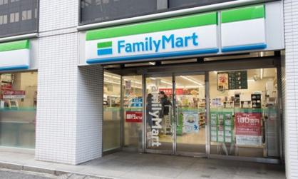 ファミリーマート 内神田鎌倉橋店の画像1