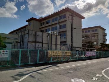 福山市立新涯小学校の画像1
