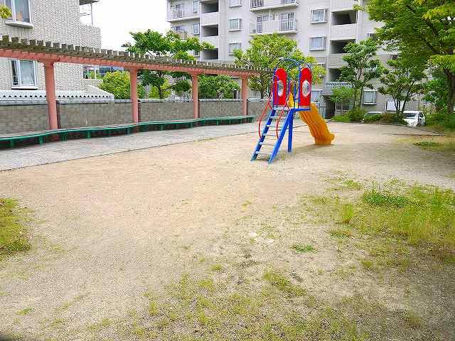 UR都市機構平城左京団地公園の画像