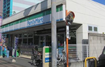 ファミリーマート 大島四丁目店の画像1