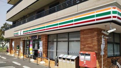 セブンイレブン堀南店の画像1