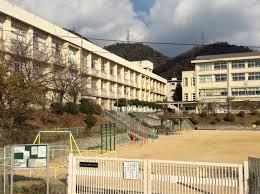 鶴甲小学校の画像1