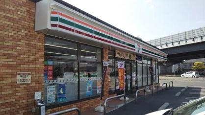 セブンイレブン東富井店の画像1
