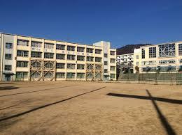 住吉中学校の画像1