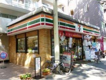 セブンイレブン 上北沢5丁目店の画像1