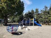 三鷹台やすらぎ児童公園